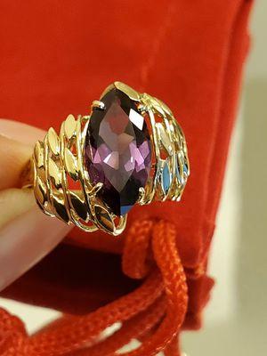 14k Sz 7 Bello Anillo de Oro con Amatista de corte Marquez /14k Yellow Gold Marquise Cut Amethyst great design Ring! 👌 for Sale in Santa Fe Springs, CA