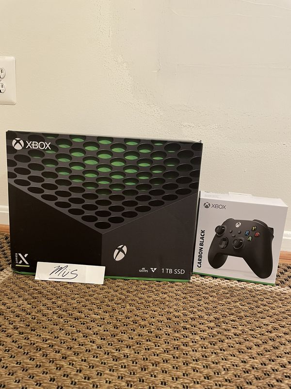 Xbox Series X Console w/ additional controller. *in hand*