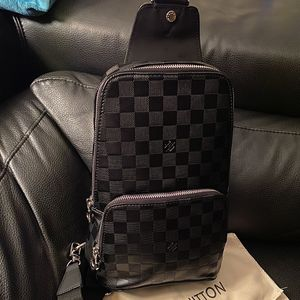 Louis Vuitton Black Sling Bag for Sale in Barrington, IL