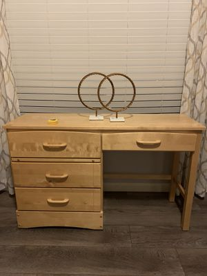 """Solid wood desk / console table !!! 17"""" D 31"""" H 51"""" W for Sale in Vancouver, WA"""