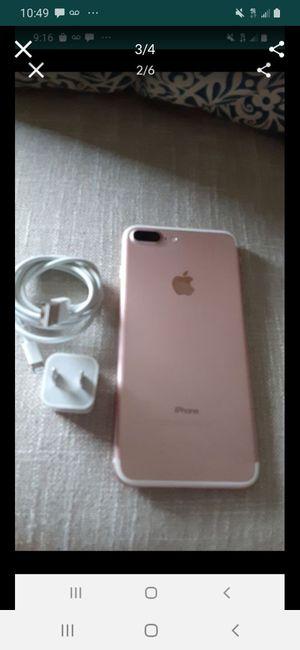 iPhone 7 plus factory unlocked 128gb for Sale in Tamarac, FL