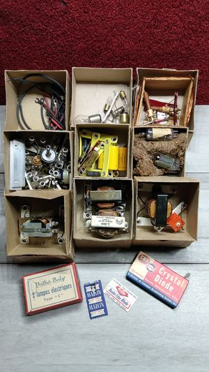 Vintage Technical Training School - Components - Guitar Amp Parts - Tube Radio Parts - Rare Find - 100+ Working Vintage Radio and Amp Parts etc. OBO for Sale in Mesa, AZ