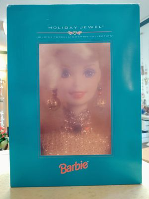 1995 Collector's Porcelain Barbie Doll. New in Box. Has not been Removed. for Sale in Fall City, WA