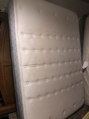 Full Sealy Posturepedic Belbrook Firm euro top mattress-in great shape-can deliver! for Sale in Portland, OR