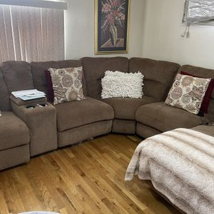 Sectional Couch 5 Pieces Recliner for Sale in Valley Stream, NY