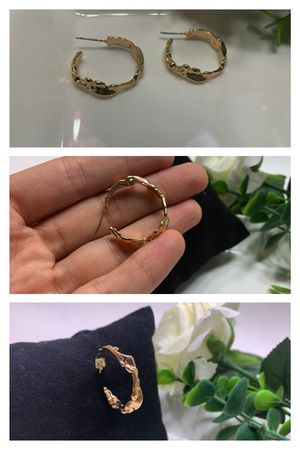 Vintage Geometric Gold Color Metal C Earrings For Women for Sale in Tustin, CA