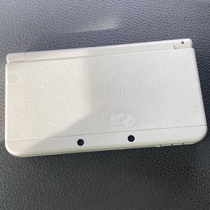 *NEW* Nintendo 3DS WHITE MARIO EDITION RARE for Sale in Buckeye, AZ