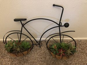 Garden wall bike with artificial succulent plants for Sale in Fontana, CA