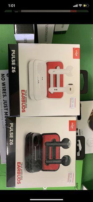 ZIZO pulse Z6 wireless earbuds for Sale in Abilene, TX