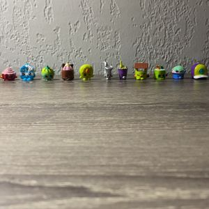Shopkins Seasons 1-4 (19 Pack) for Sale in Miami, FL