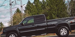 CHEVY SILVERADO 2003 FULL ULTRA LEATHER SEATS for Sale in West Valley City, UT