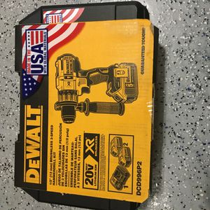 Dewalt 1/2 3 Speed Brushless Hammer Drill With 2 X 5.0 Ah Batteries Charger And Hard Case for Sale in Lemont, IL
