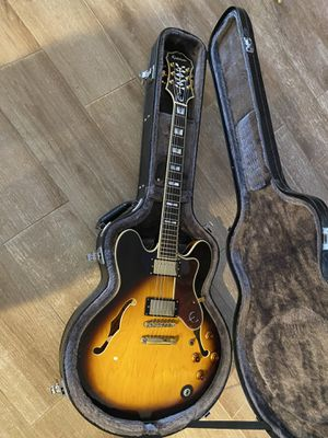 Epiphone Sheraton Hollow Body with Case for Sale in St. Petersburg, FL
