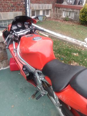 Zx900cc for Sale in Forest Heights, MD