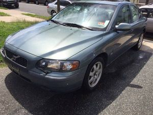2002 VOLVO S60 PARTS GREEN for Sale in Gaithersburg, MD