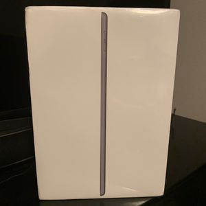 iPad (7th Generation ) Wi-Fi 32GB New Never Opened Still In Plastic for Sale in Las Vegas, NV