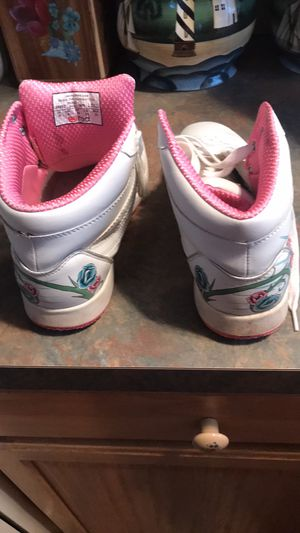 High tops size 8 for Sale in Winchester, VA