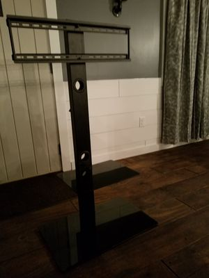 Standing swivel tv stand for Sale in Prattville, AL