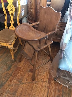 Antique baby high chair for Sale in Brooklyn, NY