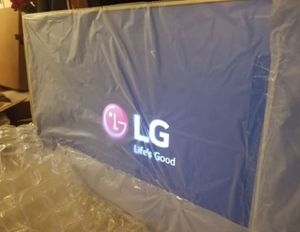 """LG 65"""" 4K Smart TV (New in Box) 8000 Series for Sale in Bowie, MD"""
