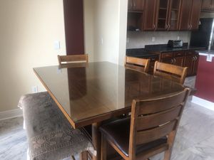 Moving Sale - Breakfast nook table set for Sale in Odessa, FL