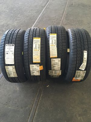Continental all season tires 235/50/19 for Sale in Cleveland, OH