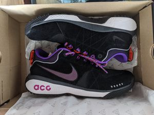 Used Excellent condition Nike ACG Dog Mountain Black Purple for Sale in New York, NY