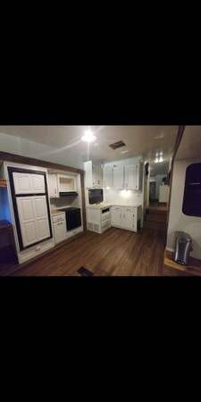 2007 Montana mountaineer, 5th wheel for Sale in Bowling Green, KY