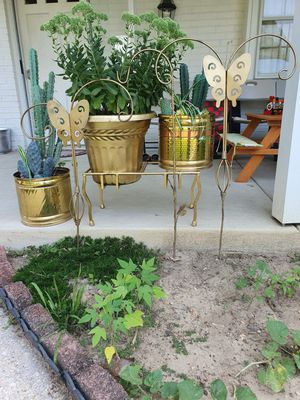 Complete golden yard set with butterflies,pot with artificial and real plants for Sale in Bowie, MD