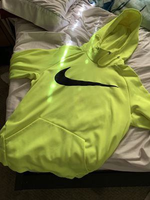 Nike sweater for Sale in National City, CA