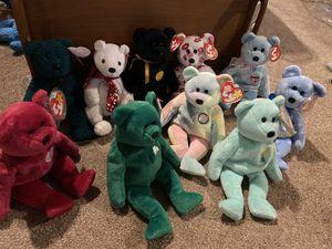 10 holiday bears - beanie babies for Sale in Edgewood, WA