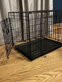 "24"" Double Door Folding Crate for Sale in Queens,  NY"