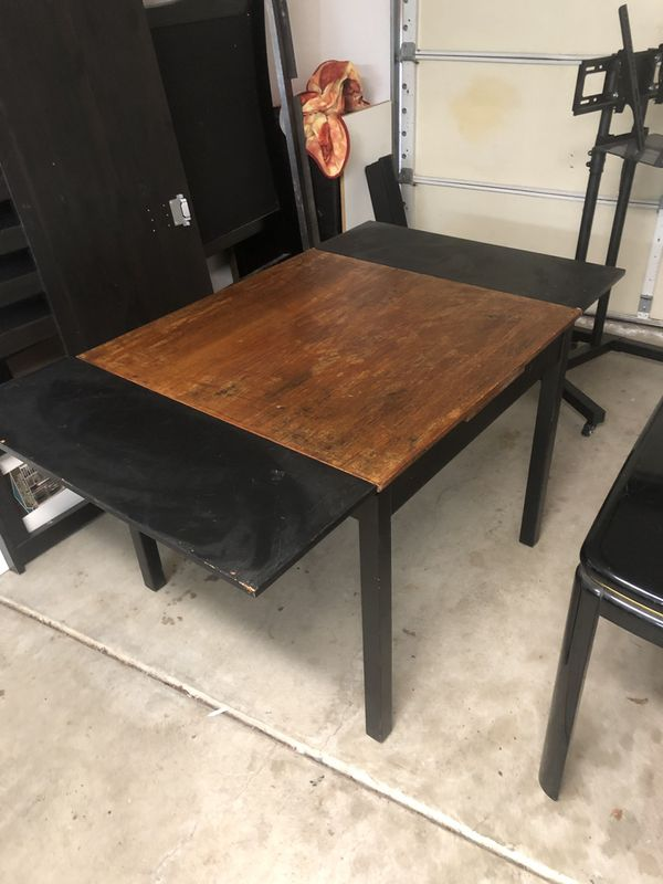 Small Expandable Wooden Kitchen Table
