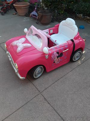 Minnie Mouse battery powered car for Sale in Stockton, CA