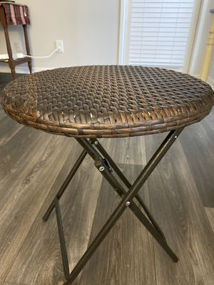 Bamboo knit small coffee table used for Sale in Atlanta, GA