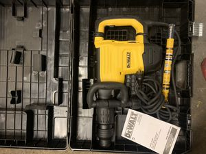 Dewalt chipper hammer for heavy duty jobs for Sale in Alameda, CA