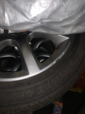 G35 tires and rims for Sale in Hawthorne, CA