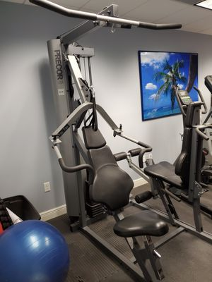 Precor s3.25 Premium Universal Home Gym for Sale in Miami, FL