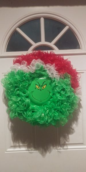 The Grinch Christmas wreath for Sale in Hesperia, CA