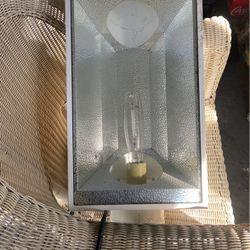 Super Sun 2 400w Hps Light for Sale in Altadena,  CA