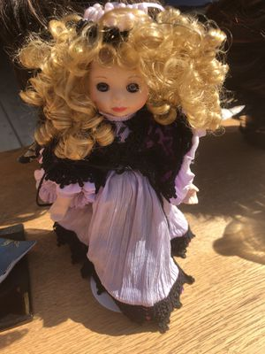 Antique doll for Sale in Silverado, CA