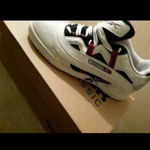 New GUCCI COLOR REEBOKS TAGS AND BOX AVAILABLE for Sale in Philadelphia, PA