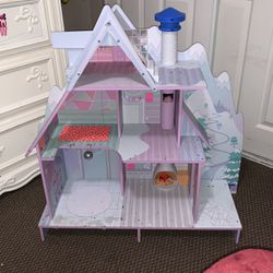 LOL Doll House for Sale in Richmond,  CA