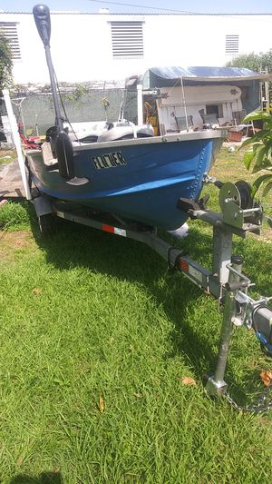 Procraft 12' aluminum v bottom boat WITH trailer and all accessories! for Sale in Bartow, FL