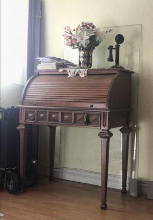 Roll top wooden desk antique for Sale in Miami, FL