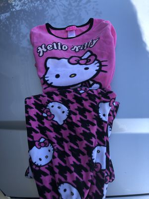 Girls size 10 pjs for Sale in St. Charles, IL