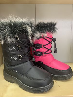 Snow boots for little girls kids sizes 9,10,11,12, 13,1,2,3,4 for Sale in Bell, CA