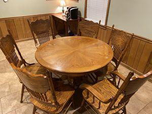 Antique dinning room table for Sale in Bastrop, LA
