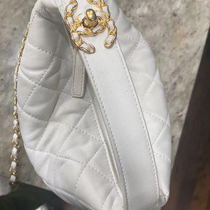Chanel Hobo Bag for Sale in Atlanta, GA