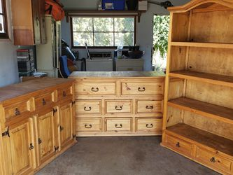Matching Dressers and Bookshelf for Sale in Portland,  OR